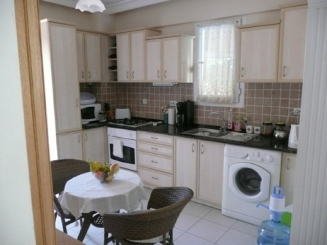 A0027 Immaculate 4 bedroom apartment in Ovacik.