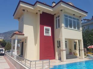 V0142 3 Bedroom Villa for Sale in Ovaıck