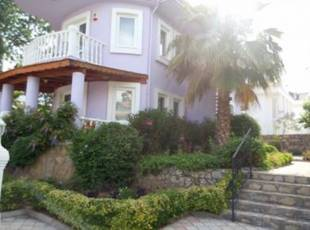 V0152 4 bed detached villa in Ovacik 800 m2 private grounds.